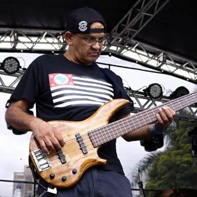 Nê Lemos Bass